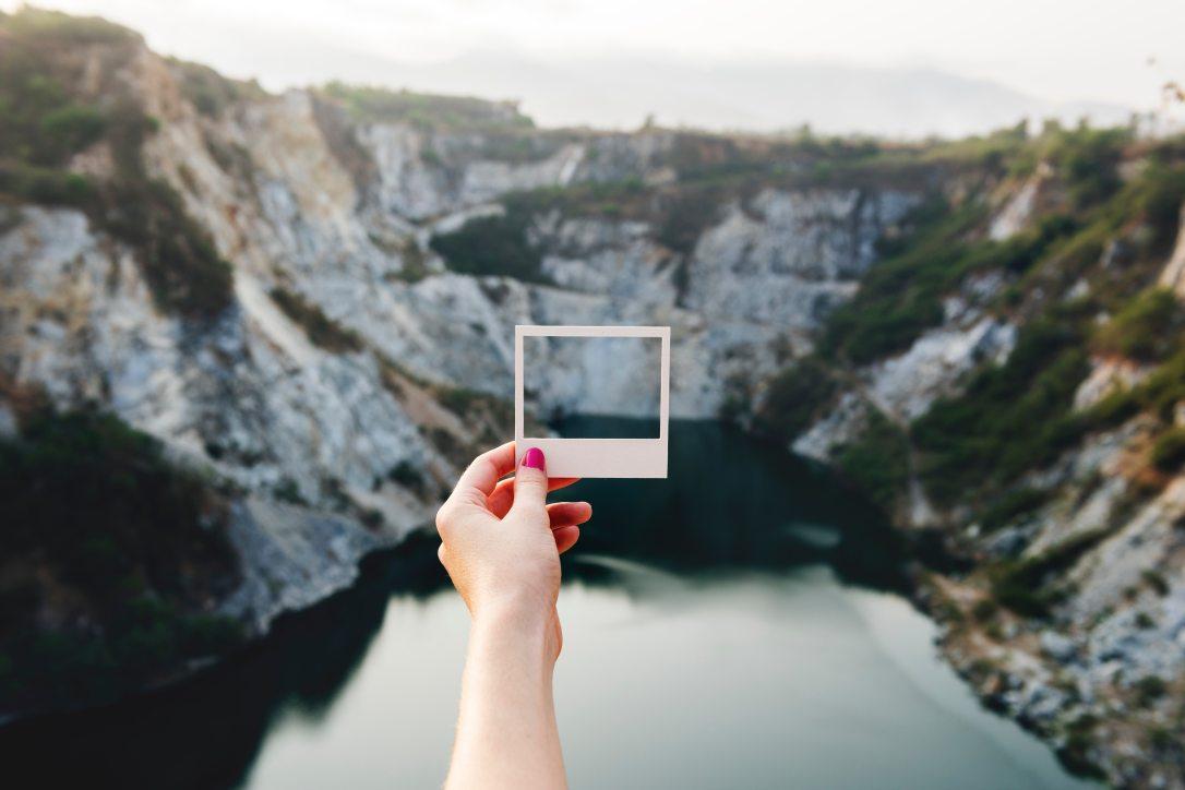 cliffs-daylight-frame-411089